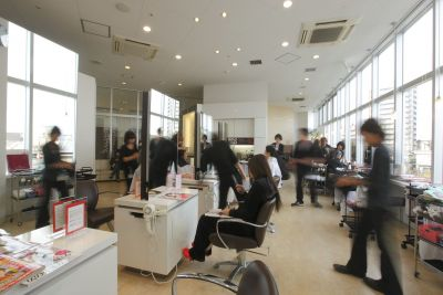 WITH HAIR ガーデンパーク和歌山店(ウィズ ヘアー ガーデンパークワカヤマテン)での_求人画像4